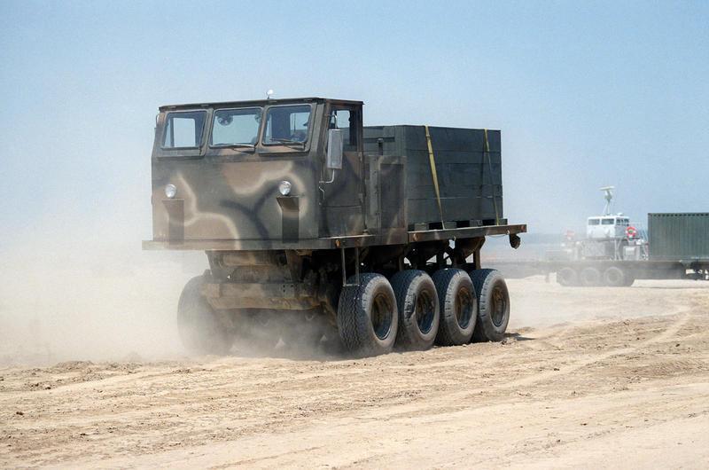 Name:  Unidentified_rough_terrain_truck,_1985.jpg Views: 590 Size:  60.6 KB