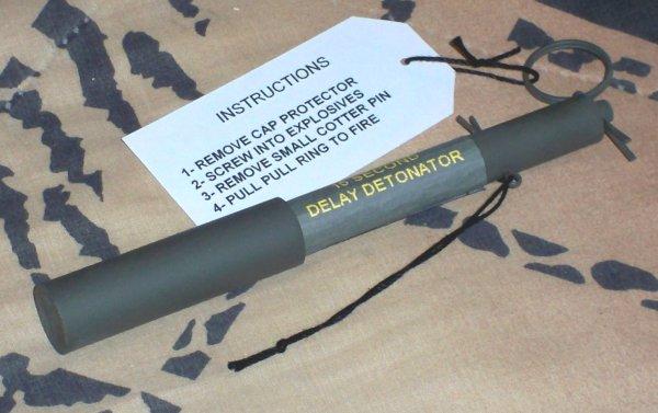 Name:  M2A1 Detonator #2.jpg Views: 184 Size:  45.4 KB